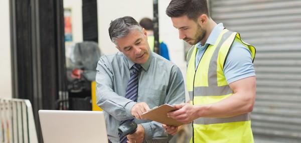 CILT Aspire a man helping a warehouse man